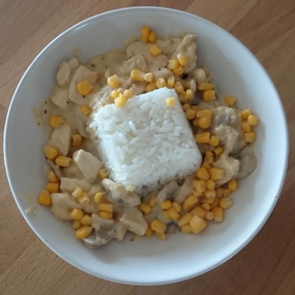 rijst met kippenragout