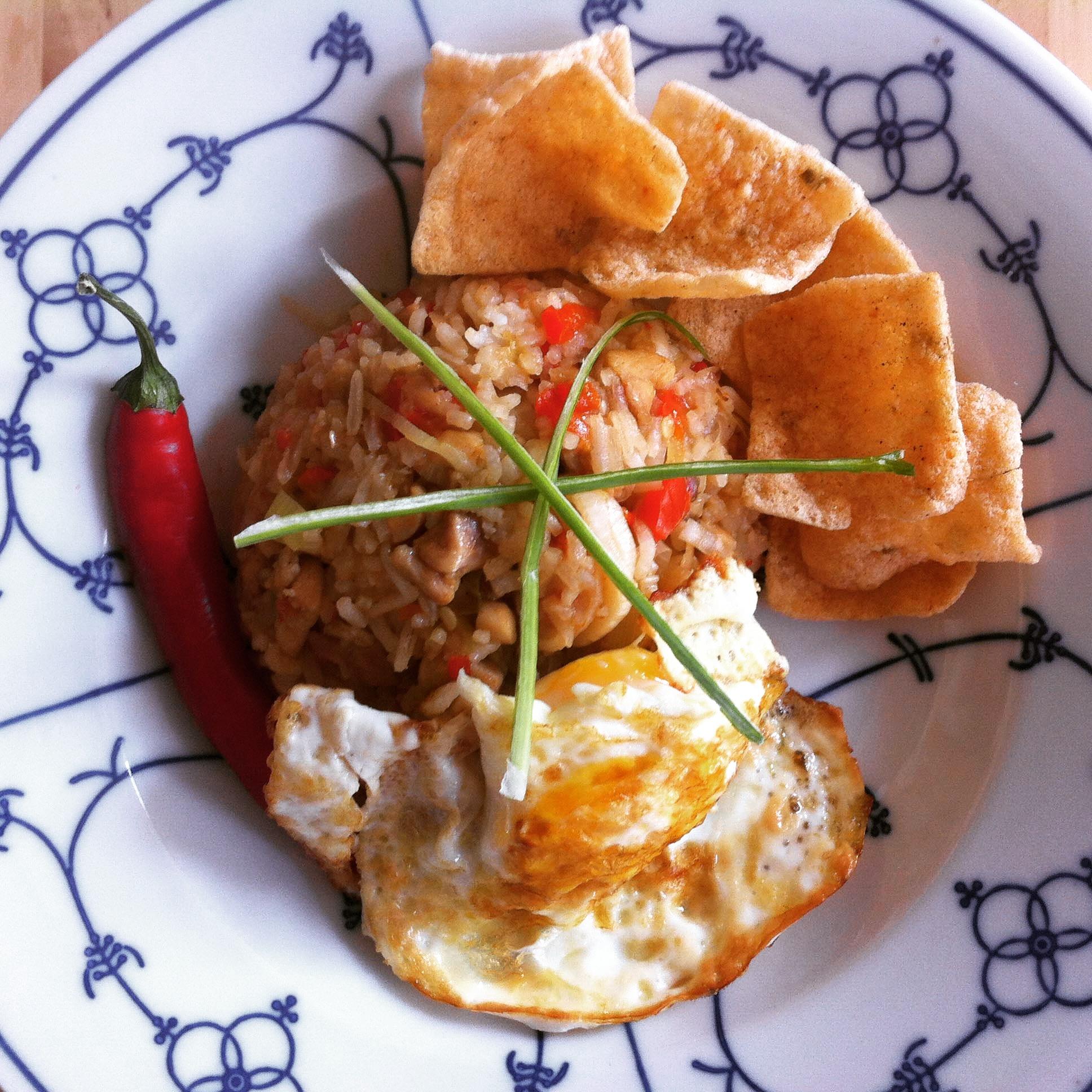 Indonesische Nasi Goreng Speciaal met Kip