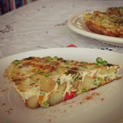 Zomerse Spaanse Tortilla met Groenten