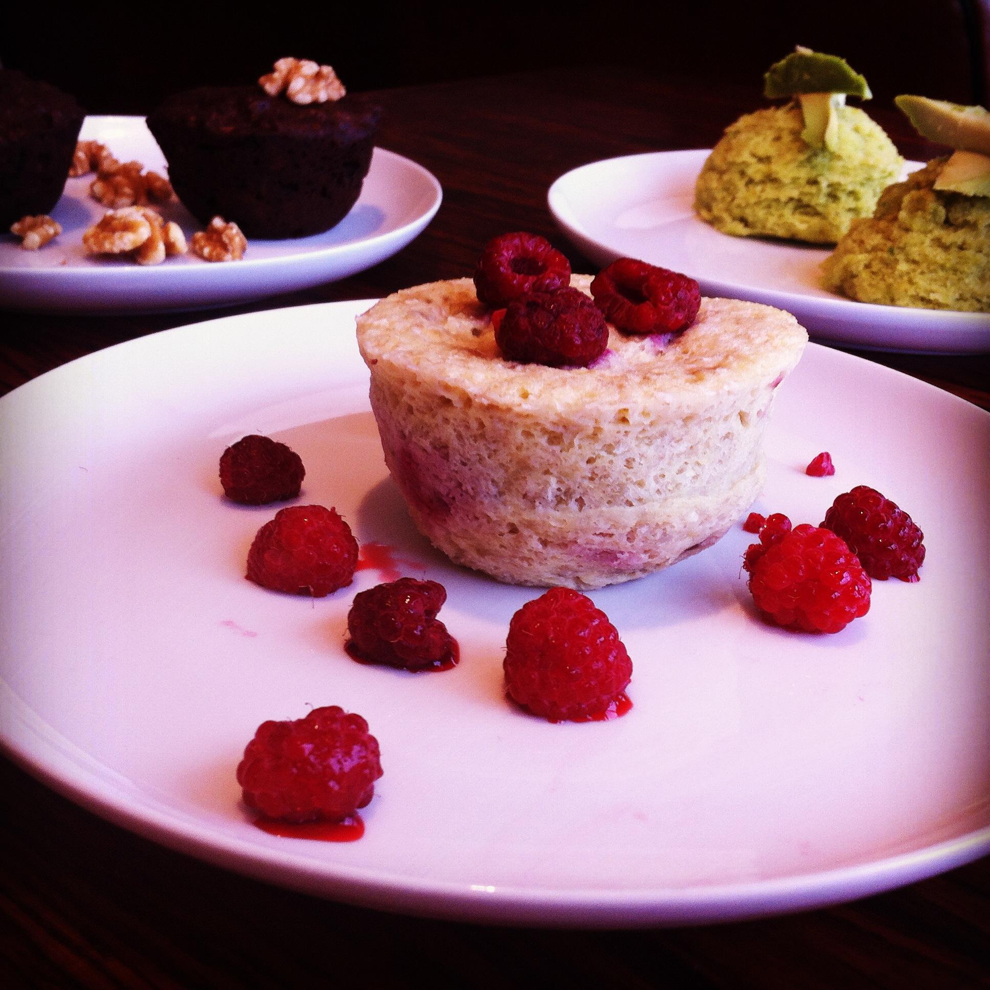 Mugcake van Framboos Kokos en Banaan