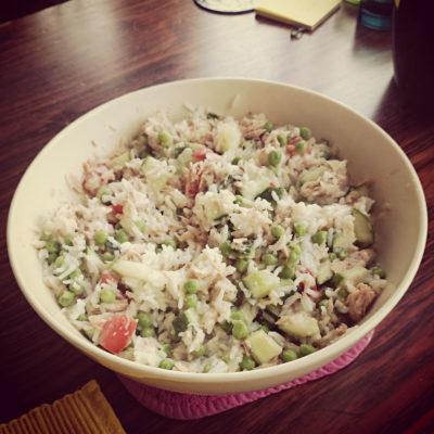 Rijstsalade met tonijn en ansjovis