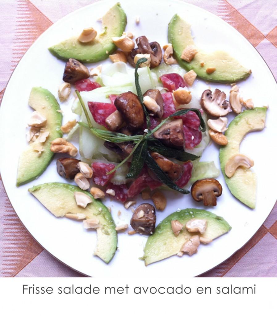 frisse-salade-met-avocado-en-salami